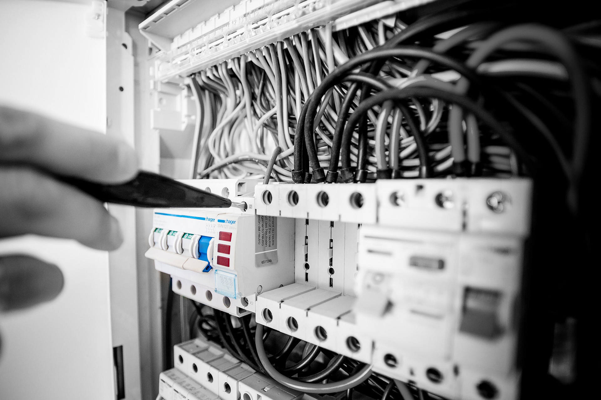 Sliderbild Elektroanlagen von Bunse Elektrotechnik